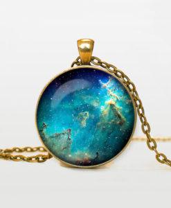 Seahorse-Nebula-pendant