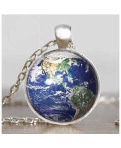 earth-pendant
